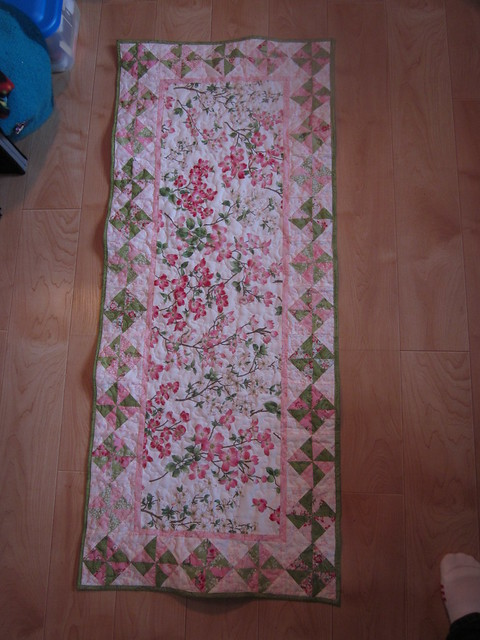 Dogwood table runner