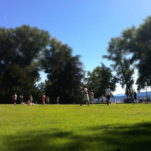 Fussball Spielen by Davide Restivo