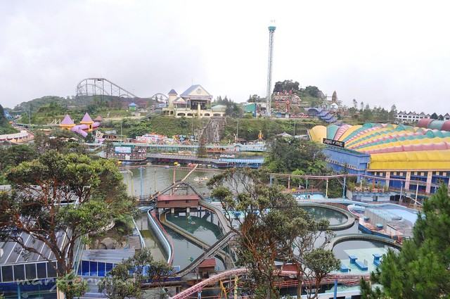 Outdoor Theme Park (1)