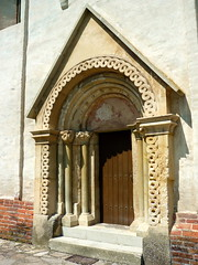 (elinor04) Tags: door texture church stone wall architecture painting mural hungary roman style portal carvings built ornamentation transdanubia 1230s magyarszecsd arpadianage