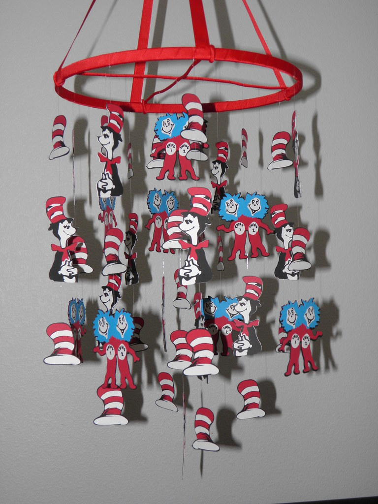 Dr Seuss Cat in the Hat Baby Paper Mobile