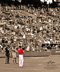 Chipper Steps In To Try To Win The Game (Kyle Hess Photography) Tags: atlanta color sports field standing kyle georgia photography nikon baseball stadium crowd coloring 28 nikkor turner braves f28 cheering afs hess selective 80200mm ovation d7000
