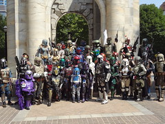 2011-09-03_13 (Gnobrin) Tags: star starwars photoshoot bobafett hunter wars bounty dragoncon bountyhunter mandalorian 2011 bobafet dragoncon2011