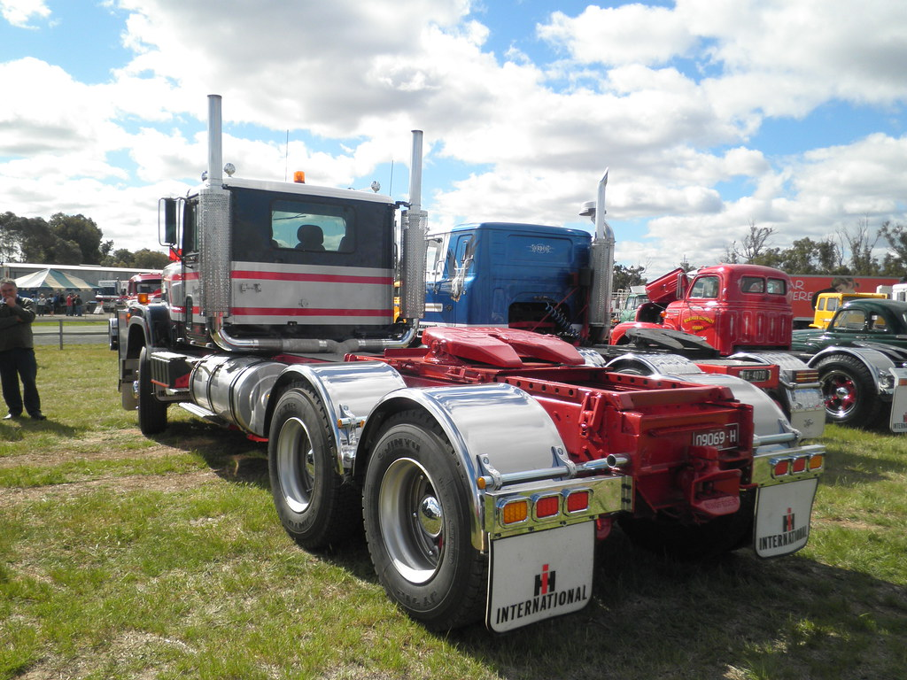 International 4300 Tractor : The world s best photos of ih and transtar flickr hive mind