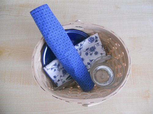 Table Setting Basket (Photo from Counting Coconuts)