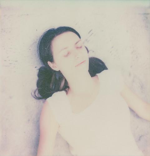 [フリー画像] 人物, 女性, 寝顔・寝ている, 201108190900