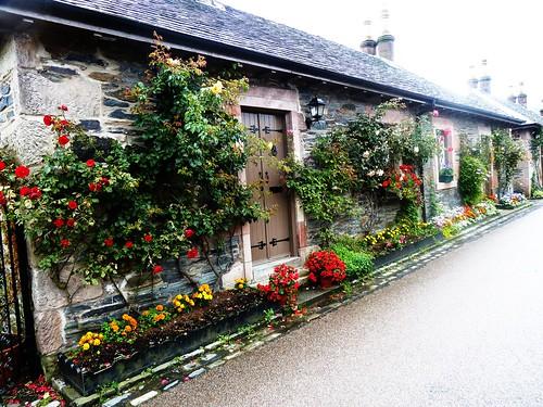 Cottage, Luss