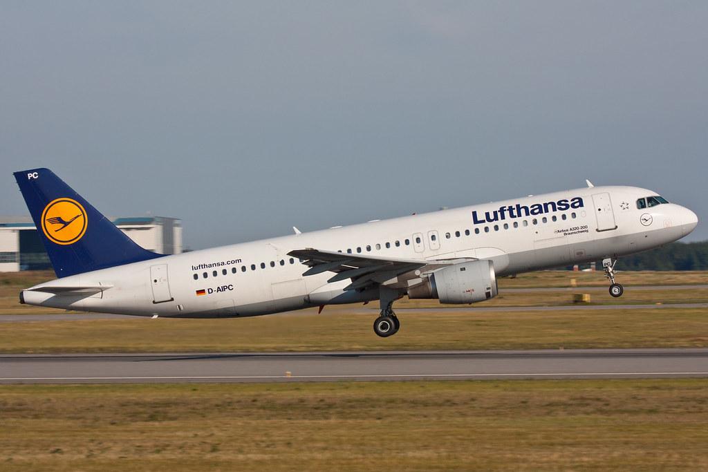 Lufthansa - D-AIPC - Airbus A320-211
