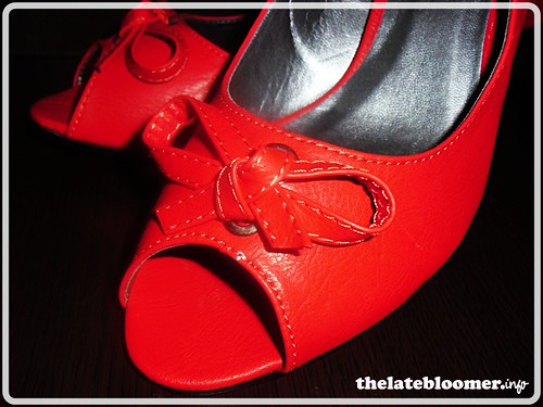 Otto red shoes