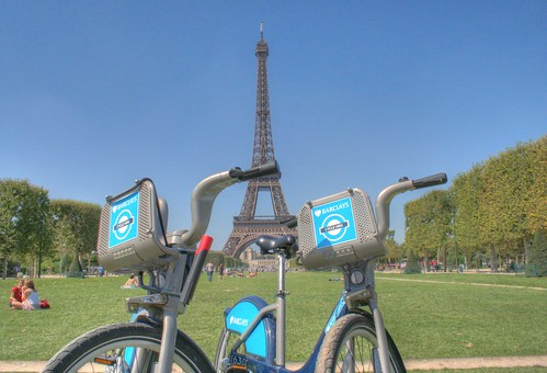 Boris Bikes in front of THAT Tower