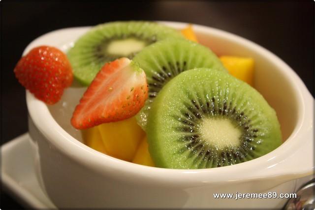 Snowman Dessert (Tong Bo Fu) @ Raja Uda -Fruits