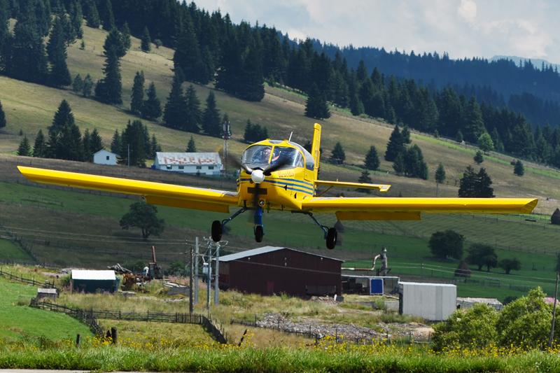 Suceava, Vatra Dornei - Aerodromul Floreni (LRFL) - Pagina 6 6070443864_2bebb181c9_o