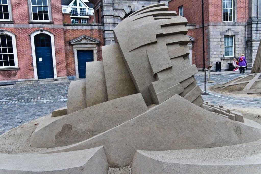 Sand Sculptures By Duthain Dealbh - Dublin Castle