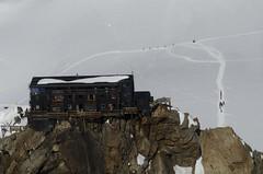 Monte Rosa (t) Tags: htte helicopter zermatt monterosa wallis caban helikopter airzermatt