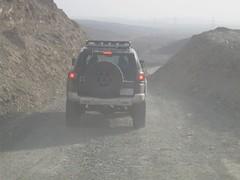 toyota fj cruiser before roll over (shine_on) Tags: truck desert 4x4 dunes kingdom saudi arabia toyota booze jeddah suv fj landcruiser  ksa lifted fjcruiser fabtech    bahra allpro     lc200   mastoora