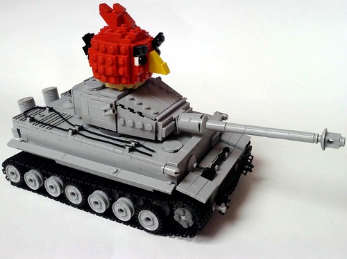 Pzkpfw VI Tiger I tank and Angry Bird :D