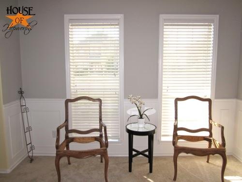 testing_black_white_curtains_piano_room_02