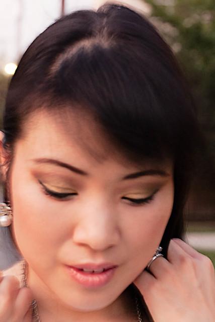 soft ochre paint pot, unwind eyeshadow, club eyeshadow, dark devotion eyeshadow, sweetjoy eyeshadow, nightfish fluidline, shiseido nourishing mascara base, maybelline one by one mascara, stila hydrating primer, studio finish concealer in NW20, fresh faces sheer neutral light foundation, stereorose msf blush, lollipop loving lipstick