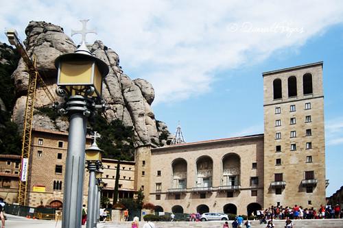Monestir de Montserrat by Queralt Vegas