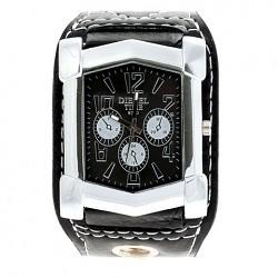 The 9330 Wrist Watch Popular among the men