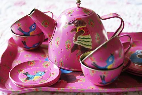 pink teaset