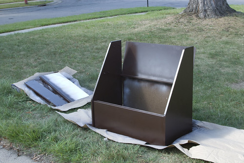 painting toy chest