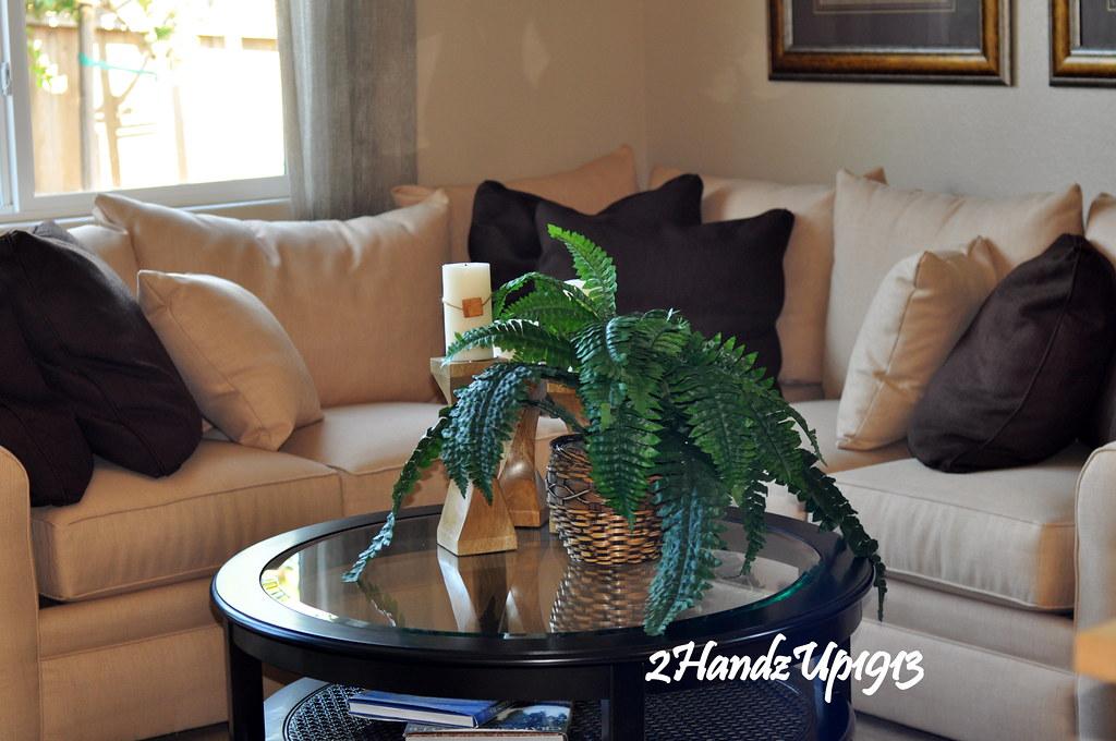 Model Home-fam room 6692