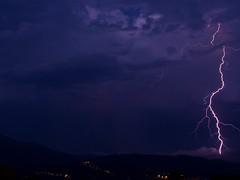 Cazatormentas (Ratuki) Tags: storm tormenta lightning rayo thunder eclair rayos truenos relampago lightstorm