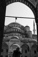 Merhaba. (Erik van der Zwet Slotenmaker) Tags: turkey blauw bue turkiye istanbul mosque turkije moskee