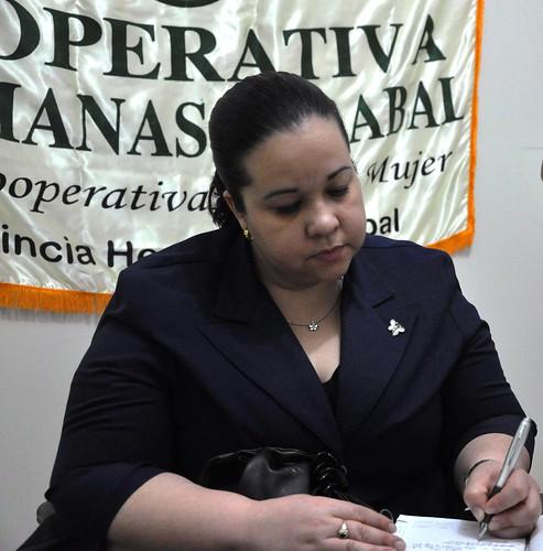 Yasmin  de la Cruz, Presidente Comite Vigilancia