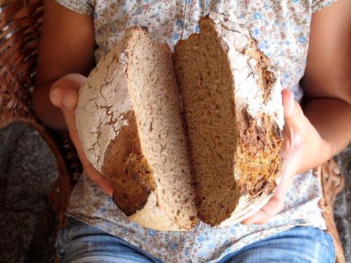 Pão, cá e lá