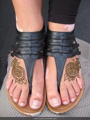 Tiny paisleys (Meghan's Mehndi) Tags: designs bodyart mehndi hennatattoos