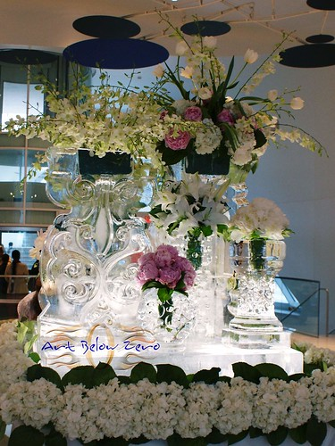 Fabulous Ice Vases B ice sculpture