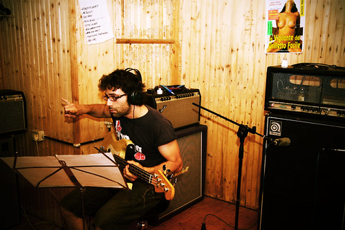 The easy trigger guard and the fingerless bass player / Progetto Idioma recording session #2
