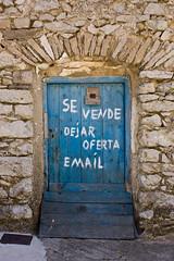 Ayer y hoy (Ral Grijalbo) Tags: door old canon puerta blues 450d grijalbo aresmaestre