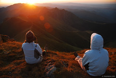 Priceless moment from the Balkan ridge (.:: Maya ::.) Tags: sunset people mountain trekking priceless ridge bulgaria human precious moment balkan stara  planina        mayaeye mayakarkalicheva    wwwmayaeyecom