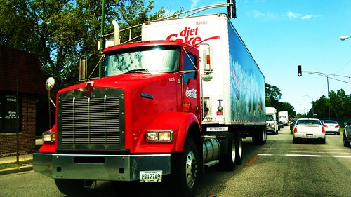 Coca Cola Kenworth conventional tractor and trailer combo.  Chicago Illinois USA. September 2011. by Eddie from Chicago