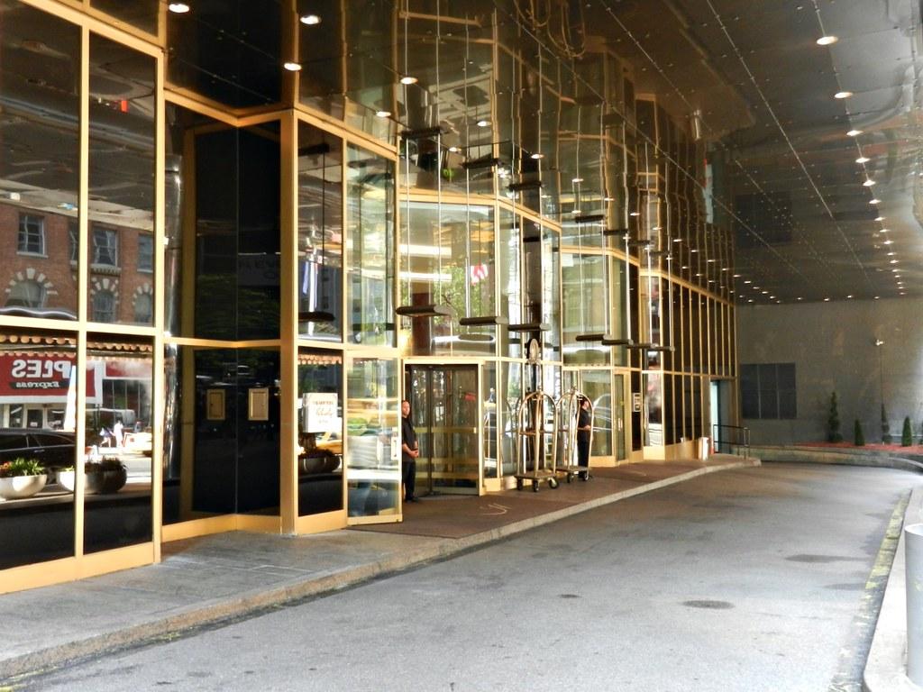 New York Helmsley Hotel (formerly The New York Harley – a Helmsley Hotel)