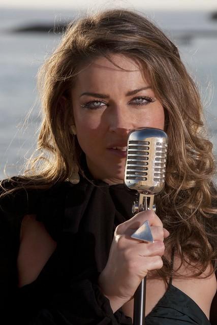 Jude La Joia, Ibiza singer