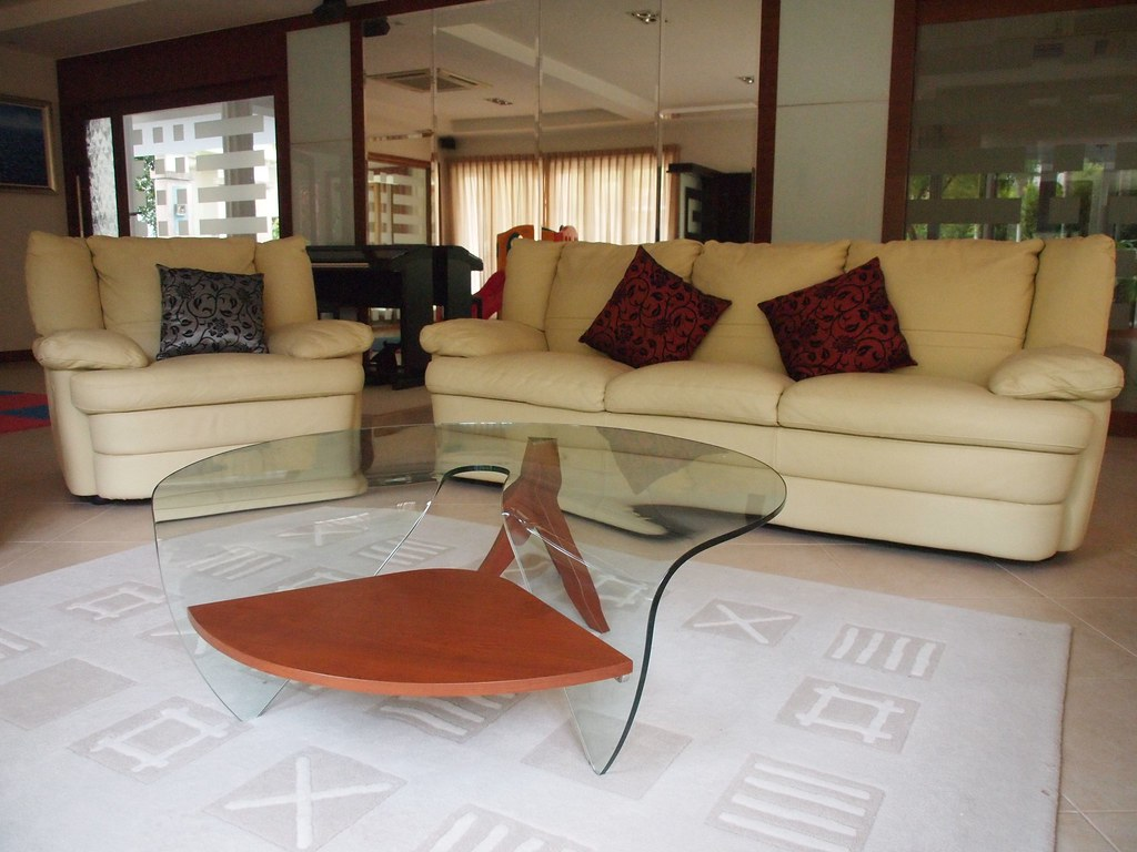 Settee Set + Coffee Table - S$800 (Only 1 Recliner Chair Left)