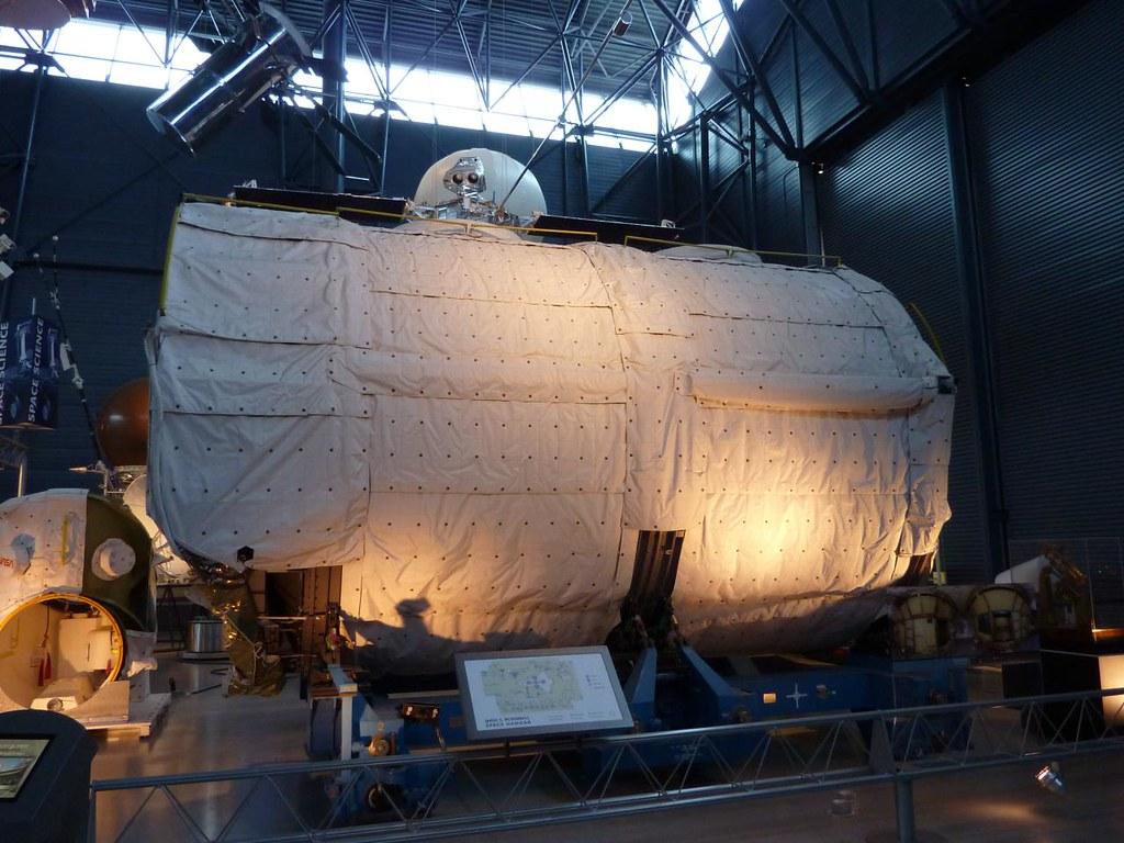 Spacelab pressurized module