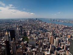 La vista de King Kong (FotoGuiller) Tags: park new york king state manhattan kong empire bryant