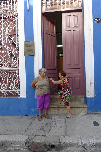 Norma and Emma outside Communidad Hebrea Hatikva - Santiago de Cuba