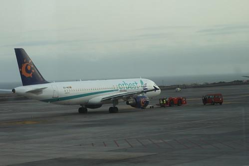 Iberworld 'Orbest' A320 EC-INZ @ Tenerife Sur Airport
