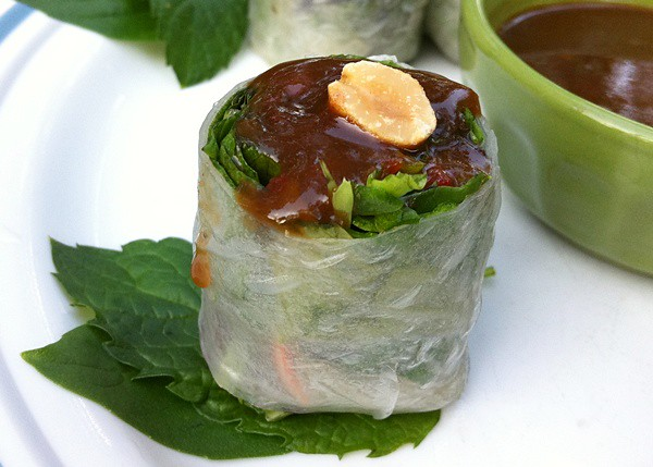 Fresh Veggie Roll with Hoisin PB Sauce