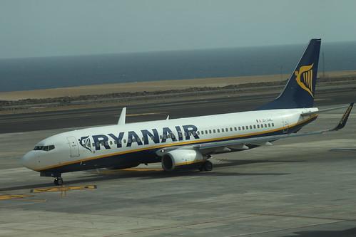 Ryanair 737-800 EI-DAL