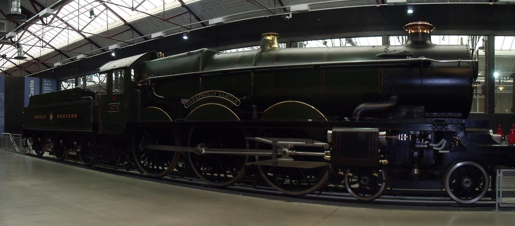 Caerphilly Castle locomotive