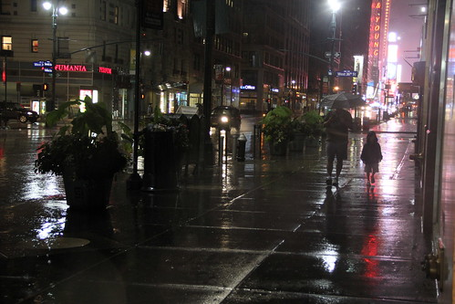 Hurricane #IRENE @ #NYC 110827 20:00