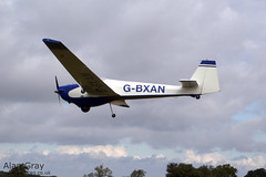 G-BXAN SCHEIBE SF-25C 44299  - 110828 - Little Gransden - Alan Gray - IMG_8459