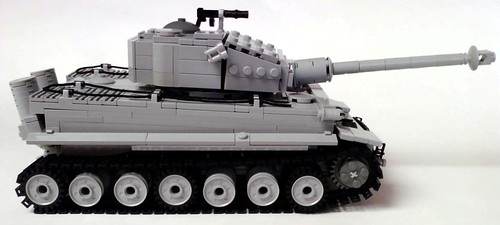 Pzkpfw VI Tiger I tank side